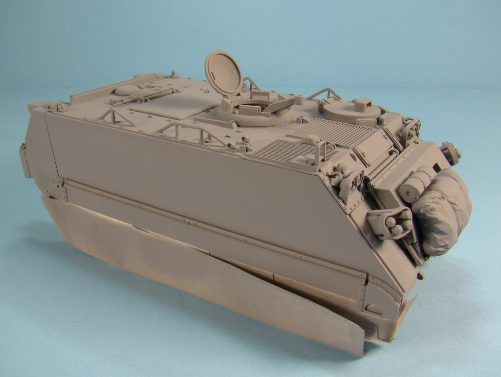 M113 primer right side