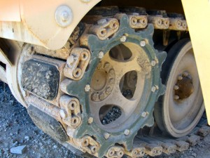 How to paint the tracks of armoured vehicles