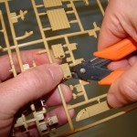 How to remove parts from sprue