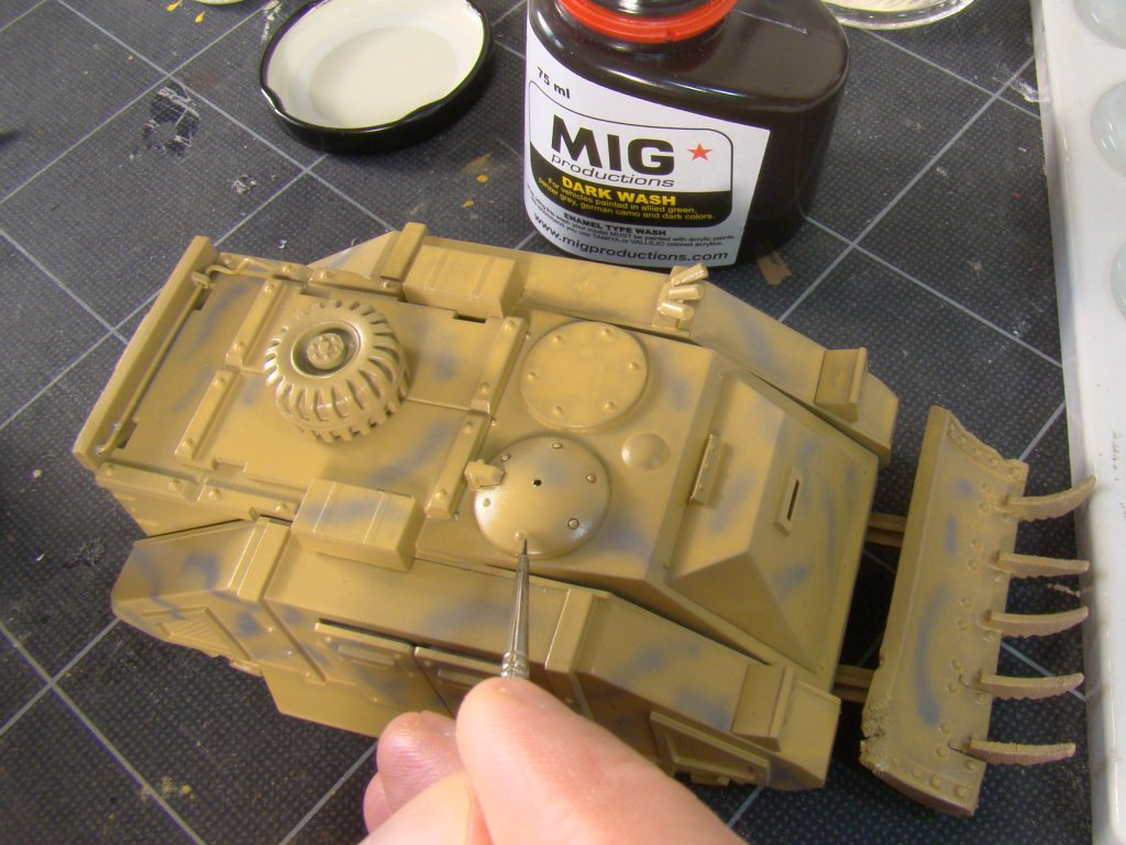 Washes-applying MIG wash